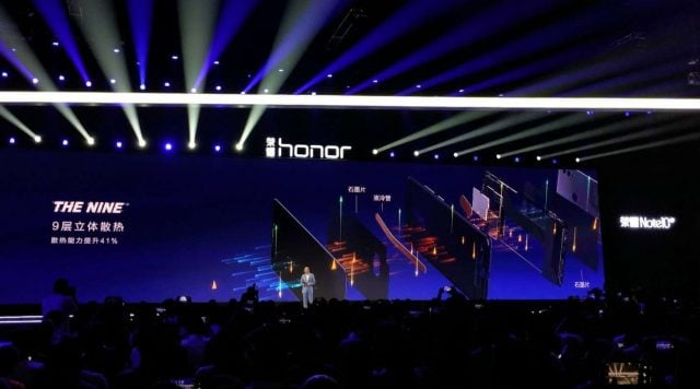 Huawei Honor Note 10 GPU/CPU dual Turbo & liquid cooling